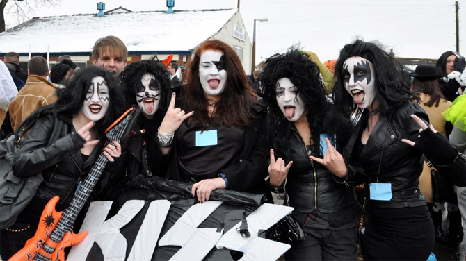 kiss entrants in longridge pram race