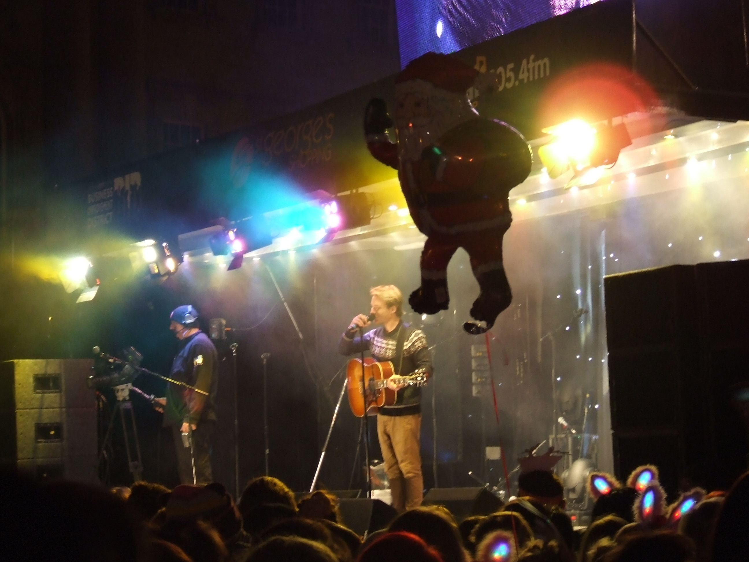christmas lights switch on concert