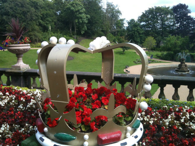 diamond jubilee display in avenham park