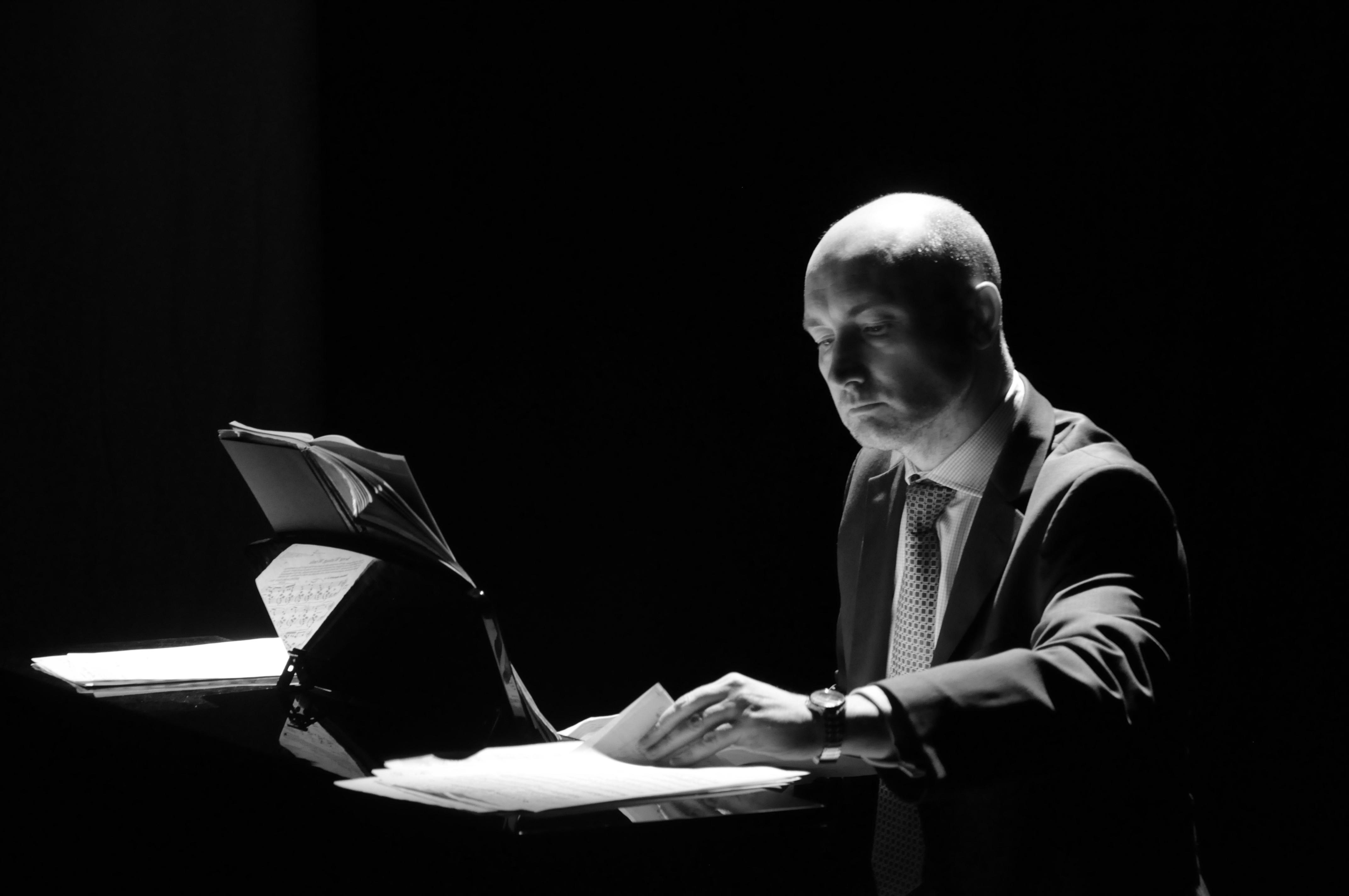 Malcolm Sim the Pianist