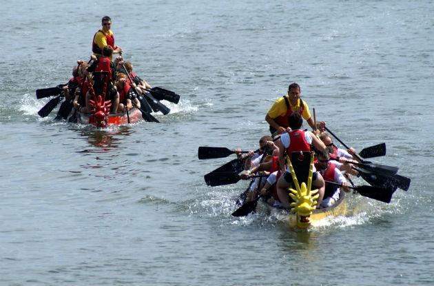 The teams race down Preston Dock