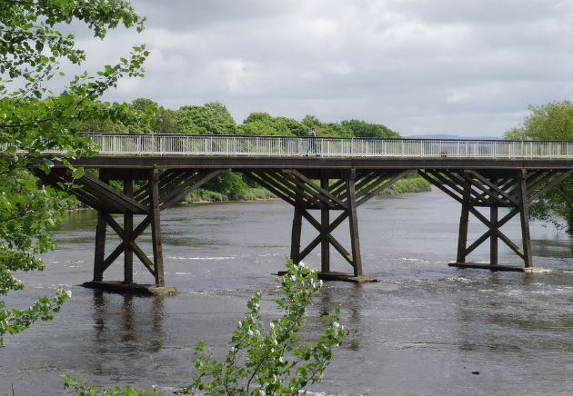 Old Tram Bridge crossing the Ribble