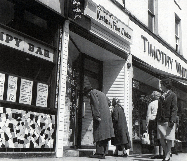 Prestonians take a look at the KFC on Fishergate in 1965