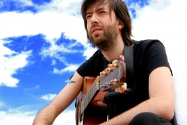 Jon Gomm will be performing at The Continental on Easter Sunday