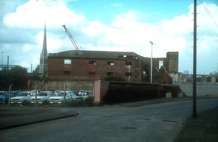 Demolition of Joshua Margerisons, Leighton Street, Preston c.1978
