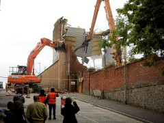 Onlookers gather to see the Goss demolition Pic: Richard Richmond