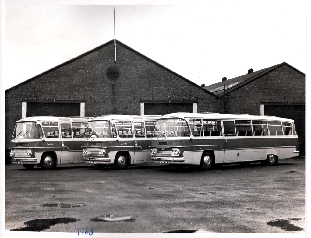 Coaches 1963. Pic: Courtesy of John Fishwick and Sons
