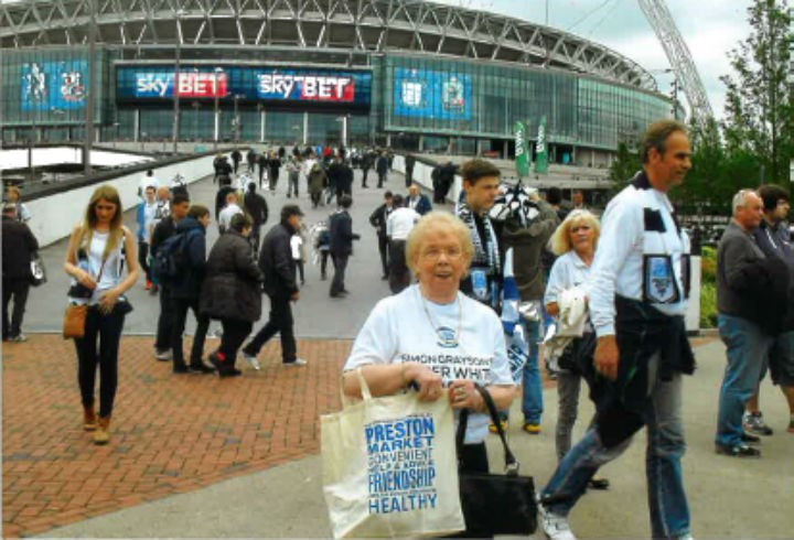 Maureen Robinson with her markets bag at Wembley