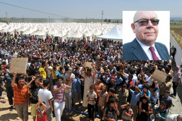 Refugees in a camp on the Turkish/Syrian border. Inset: Cllr Leeming