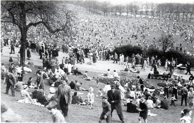 Avenham Park on Easter Monday in 1956