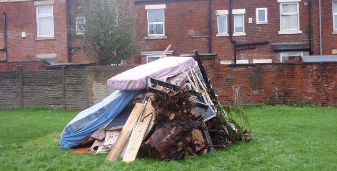 fly tipping ashton
