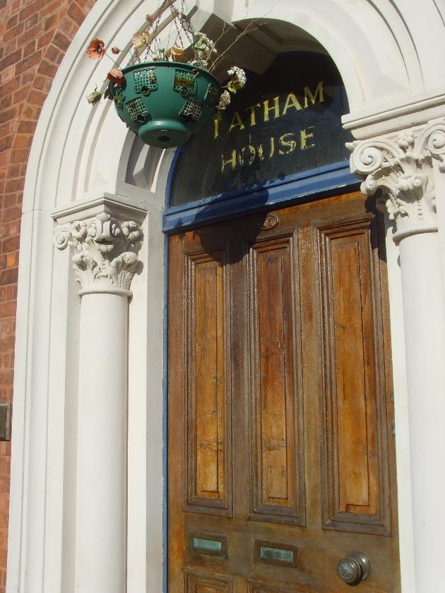 15 Latham Street 3