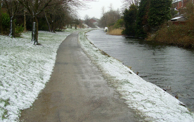 Light snow by the canal