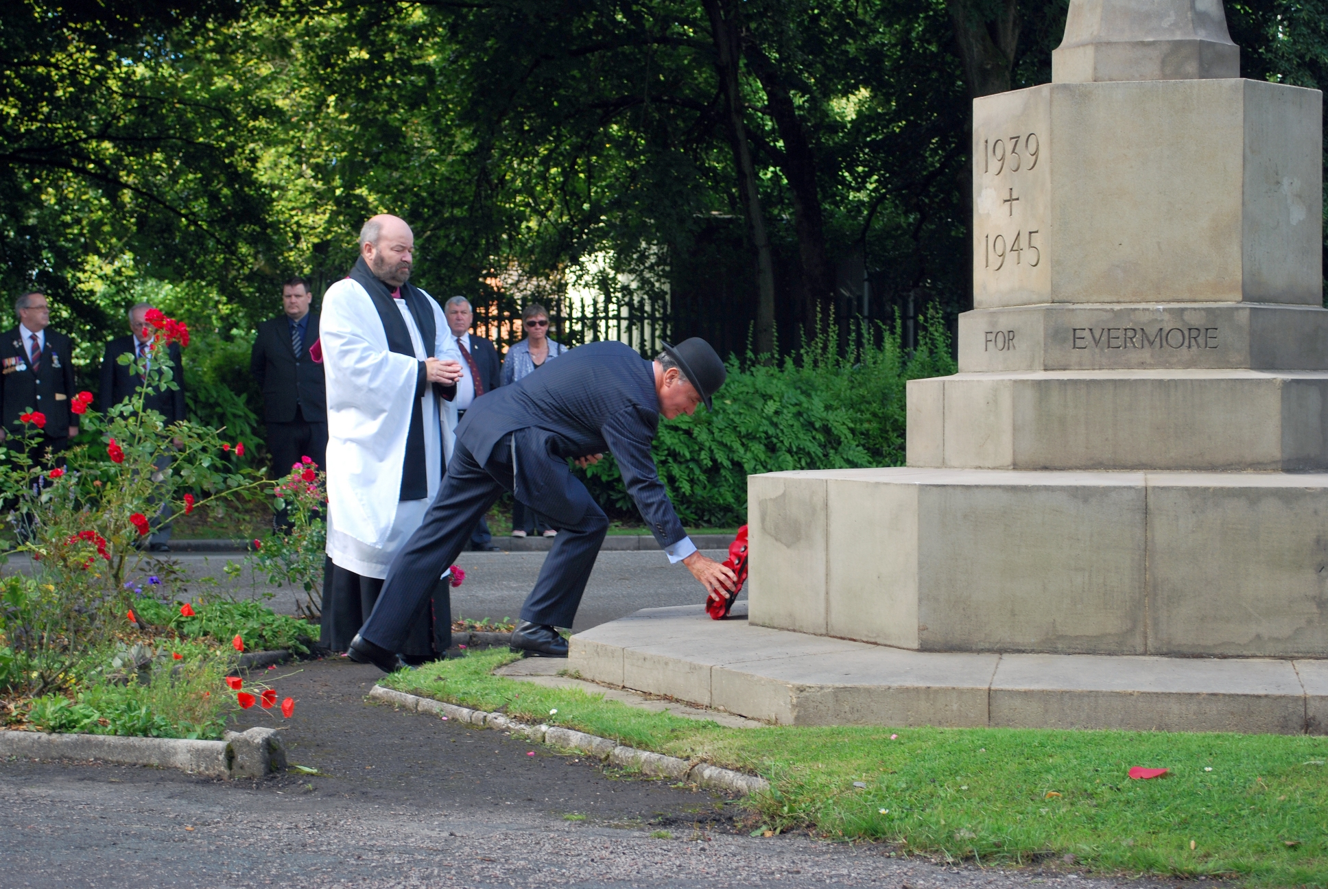 68th Anniversary of V.J. Day Laying Wreath - 22
