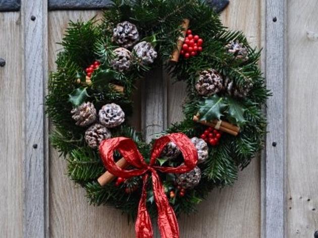 christmas-wreath-making-workshop-w