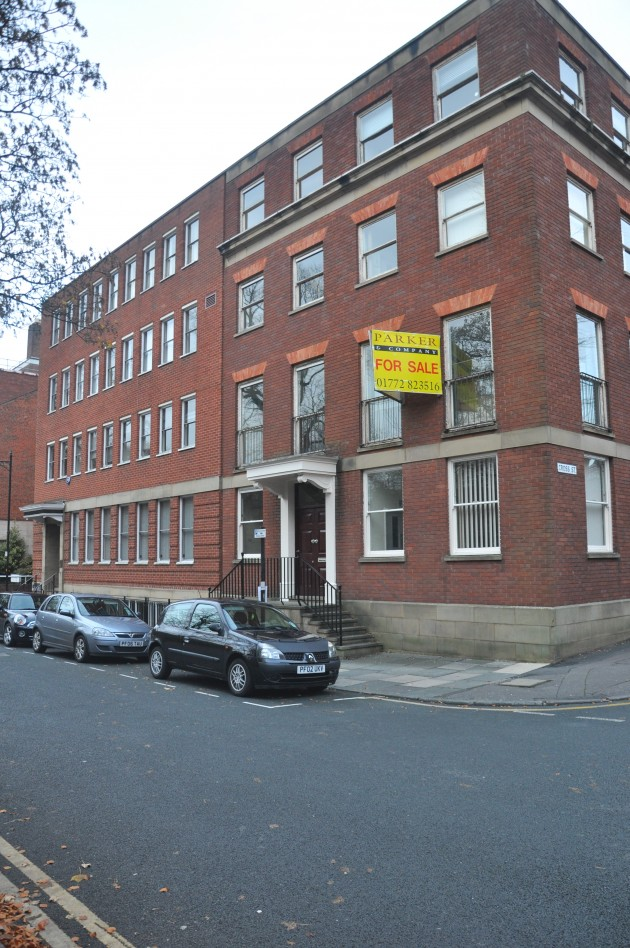 No.10 Winckley Square (Site Of The Former Winckley Club & The Literary and Philosophical Institution)