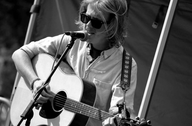 Acoustic performances take place across the weekend