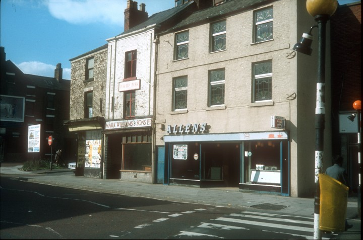 Allens Cafe at Junction of Church Street & Nile Street, Preston c.1972