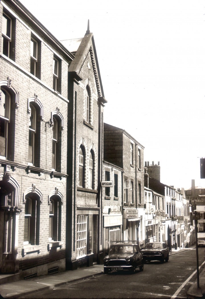Cannon Street, looking down from Fishergate, Preston c.1978