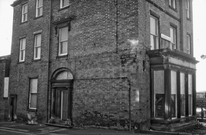 Former Christ Church Vicarage, Stanley Place & Fishergate Hill Preston. 1985 - Pic: Preston Historical Society