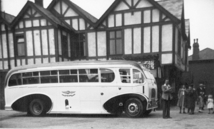The Victoria Hotel, Lostock Hall,1950. Pic: Preston Digital Archive