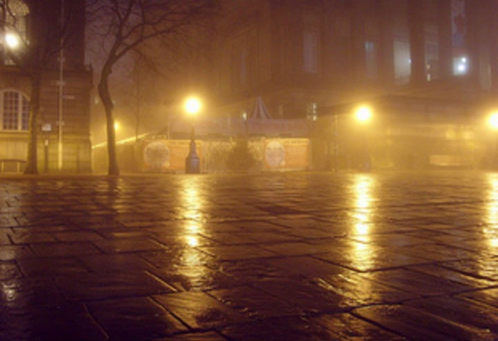 A foggy morning on the Flag Market in Preston Pic: Tony Worrall